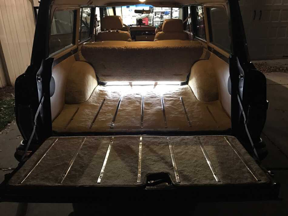 LED-Lights-Jeep_Grand-Wagoneer