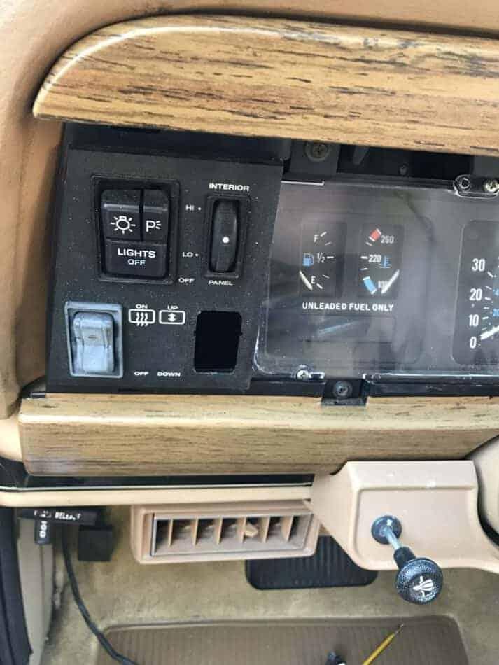 fix a jeep tailgate window