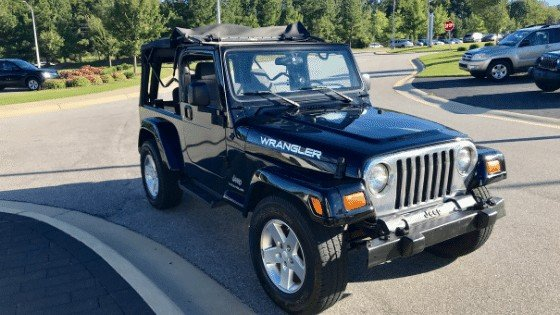 2005 Jeep Wrangler LJ with wheel spacers to fit JK rims on a LJ Wrangler