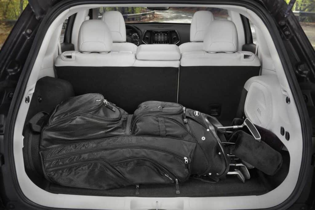 Can You Fit a set of golf clubs in a new Jeep Cherokee? Cherokee Cargo Capacity