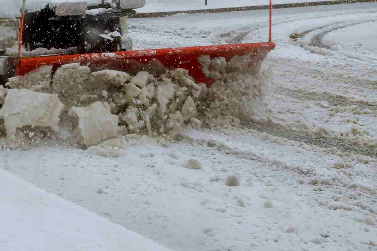 Can You Plow with a Jeep Gladiator?