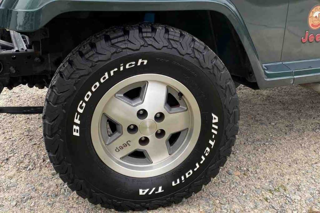 How Long Do Stock Jeep Tires Last? What Size Tire Should I Get For My Jeep Wrangler? YJ, TJ, LJ, JK, JL
