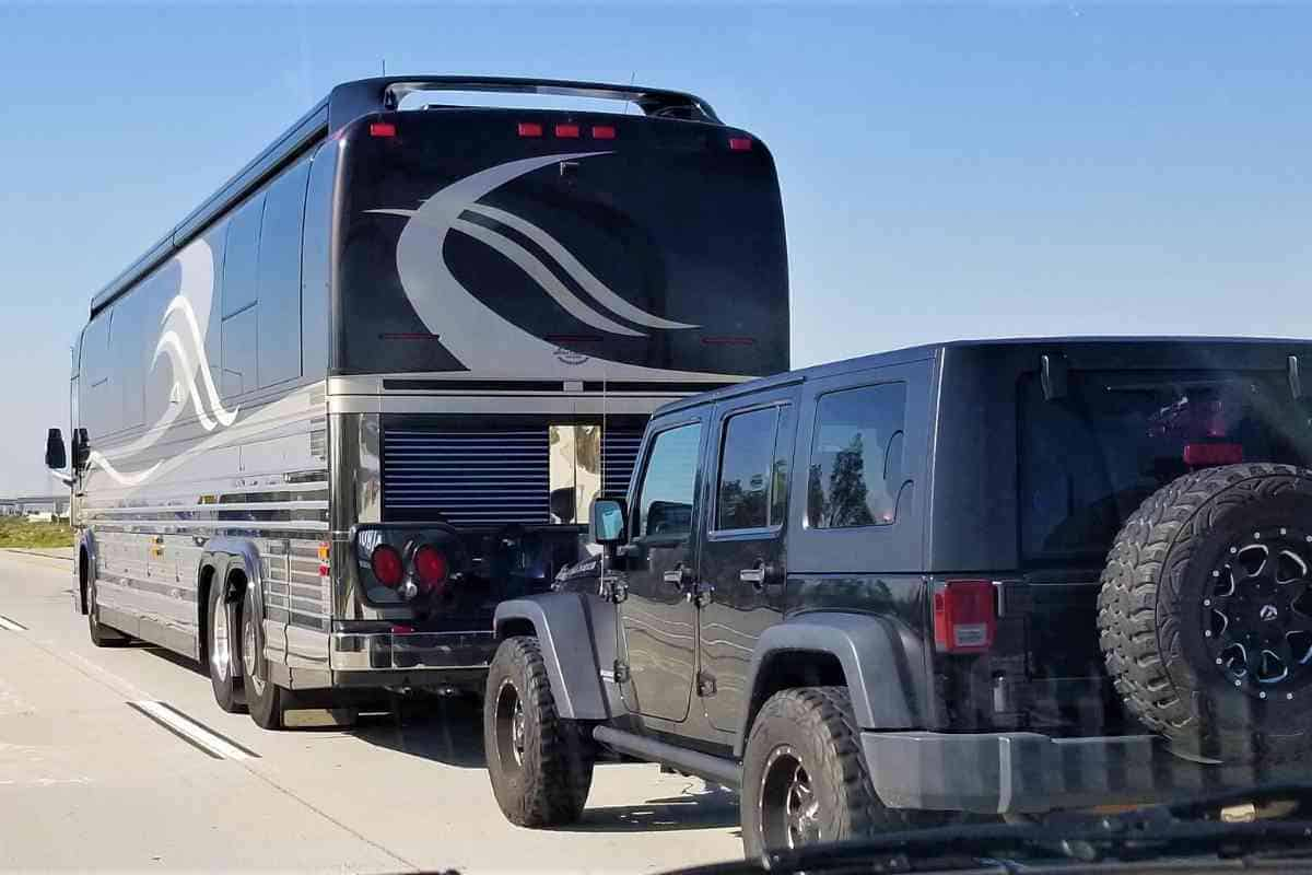 Can A Jeep Wrangler Be Towed Behind an RV?