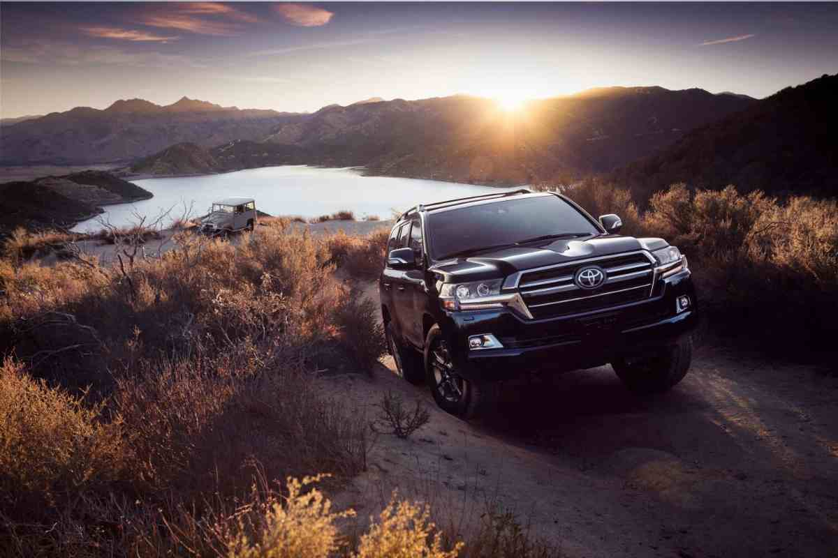 How Heavy Is a 200 Series LandCruiser?
