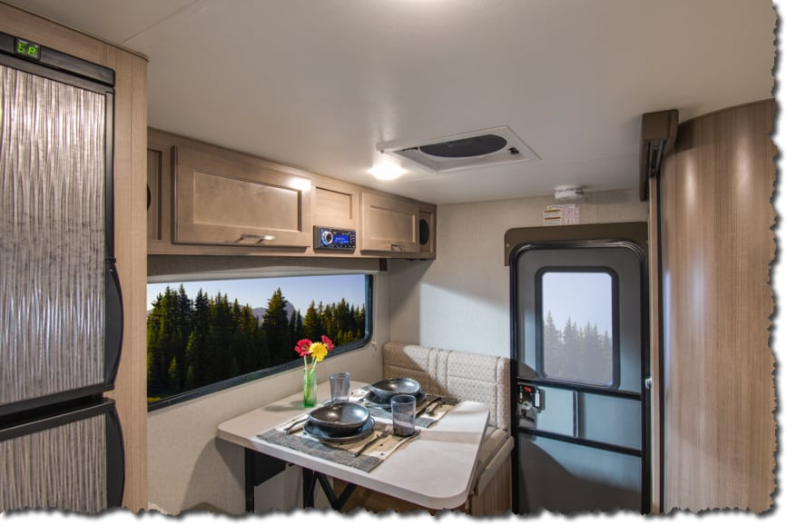 7 Amazing Truck Campers You Can Put On A Short Bed Truck! #camper #truck #rv