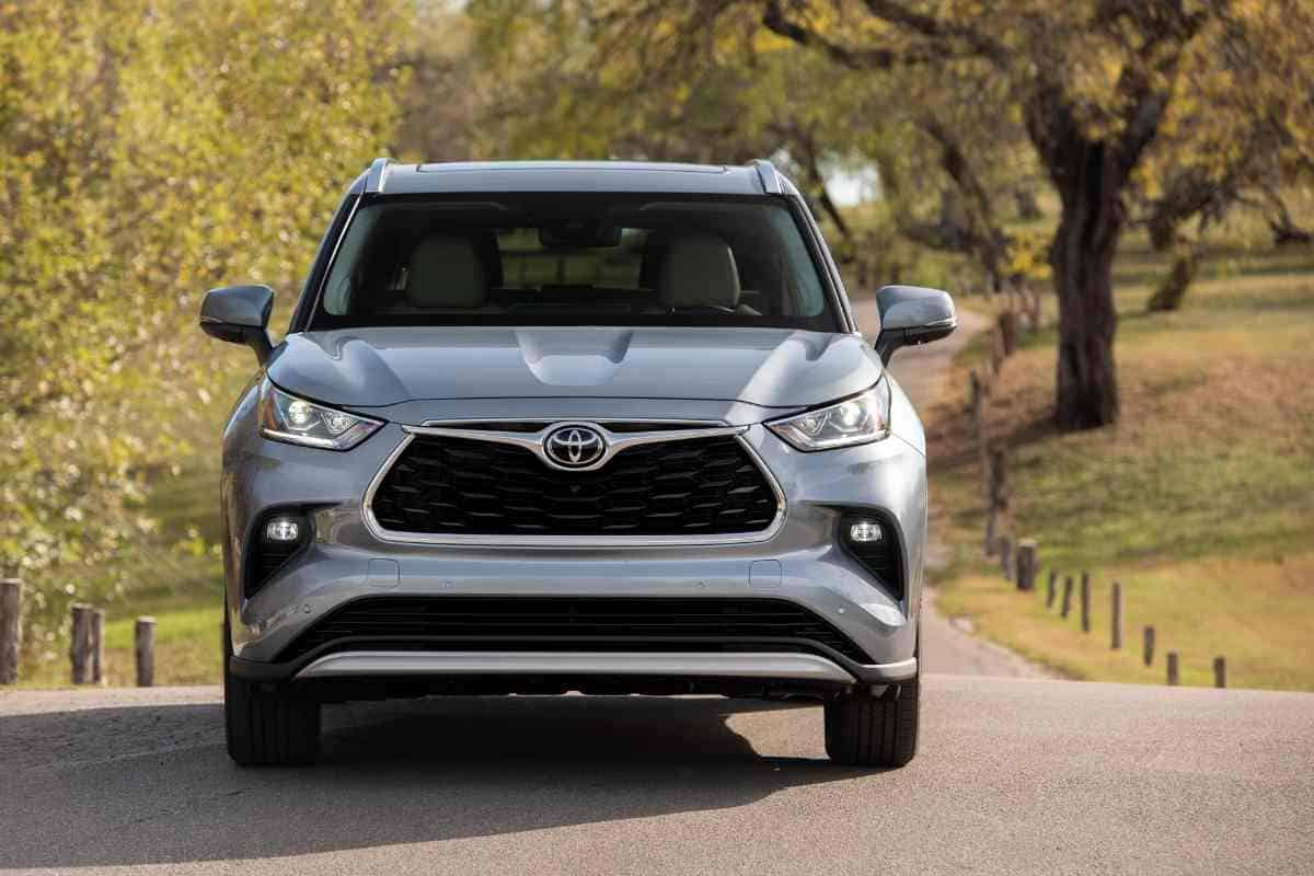 What is the Best High Mileage SUV to Buy? Toyota Highlander