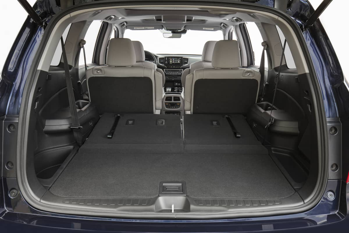 Honda Pilot: Can A Twin Mattress Fit Inside? 46.8 Cubic Feet or 85 cubic feet with the third row folded down! #Honda #camping #carcamping