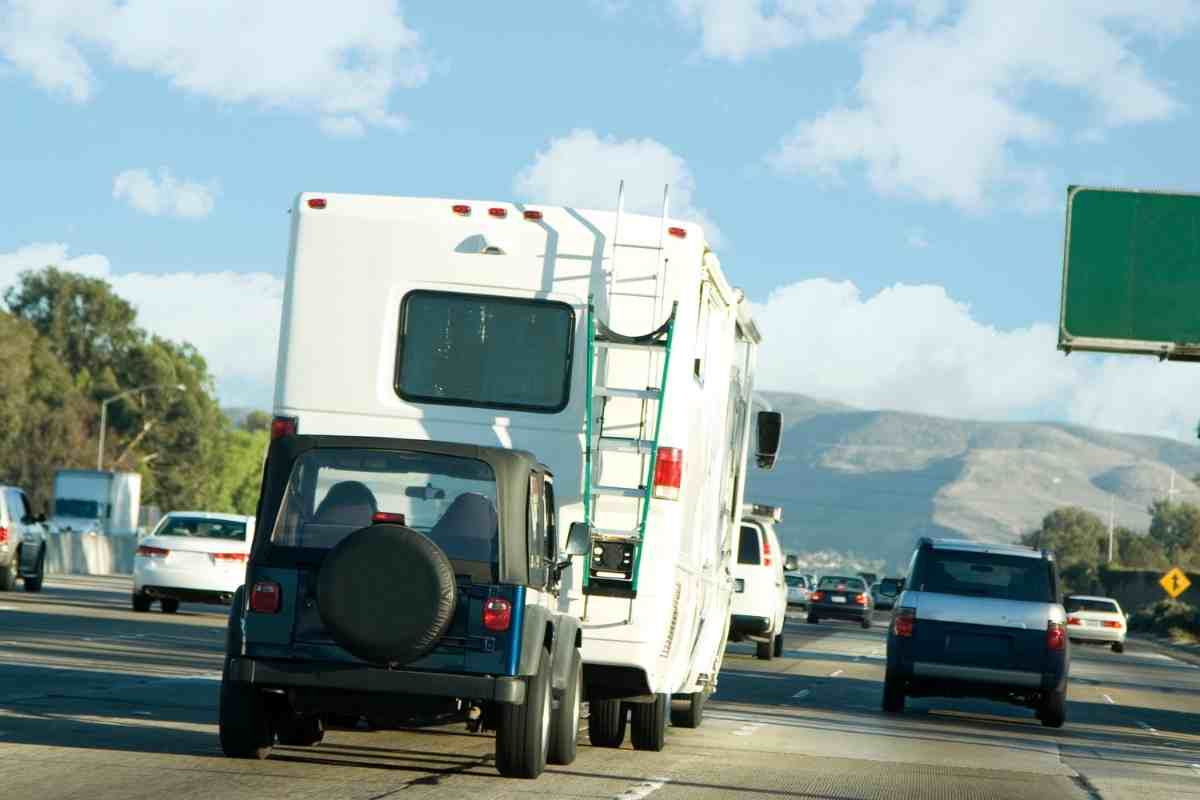 What Trucks Can Be Flat Towed Behind a Motorhome