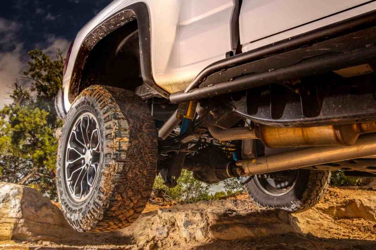 Can You Fit 33-Inch Tires on a Stock Chevrolet Silverado?