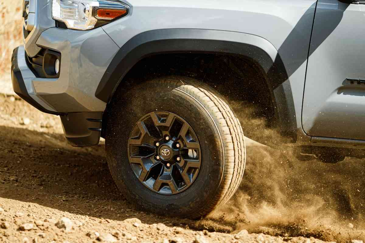 How Fast Can You Drive In 4 Wheel Drive Toyota Tacoma? #4x4 #offroad #overlanding #truck #toyota #tacoma