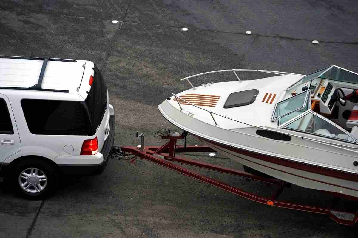 Should You Use Four-Wheel Drive When Towing?