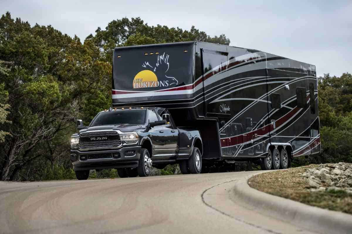 What Size Truck Do You Need To Pull A 5th Wheel Camper?