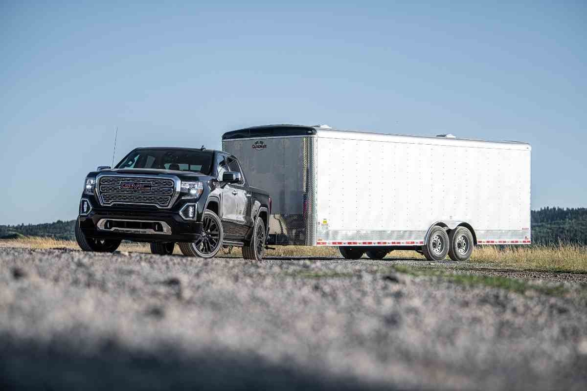 What is the GMC Sierra Max Trailering Package?