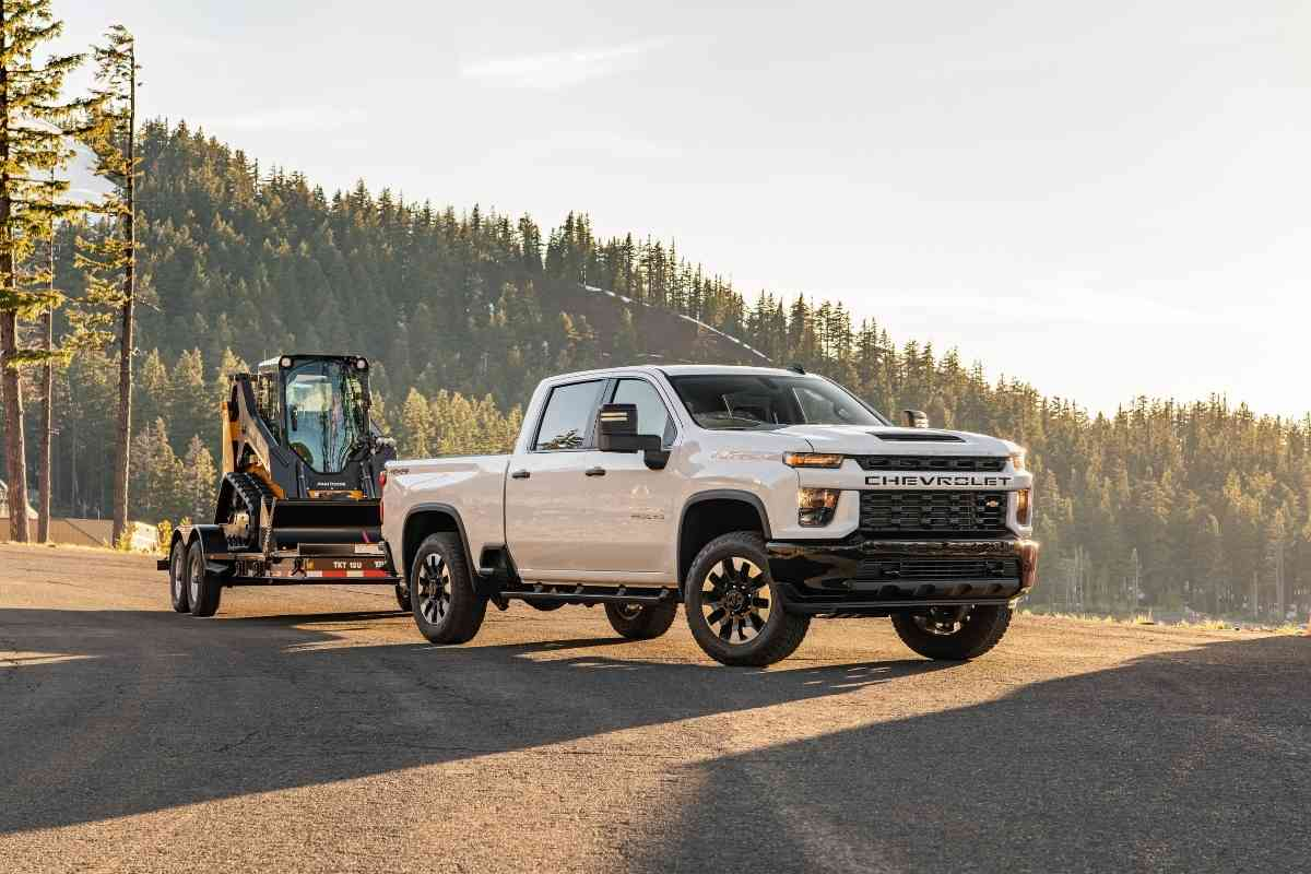 Difference Between Chevy Trucks and GMC Trucks?
